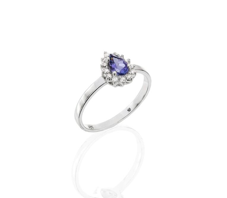 Anel de Tanzanita com Diamante
