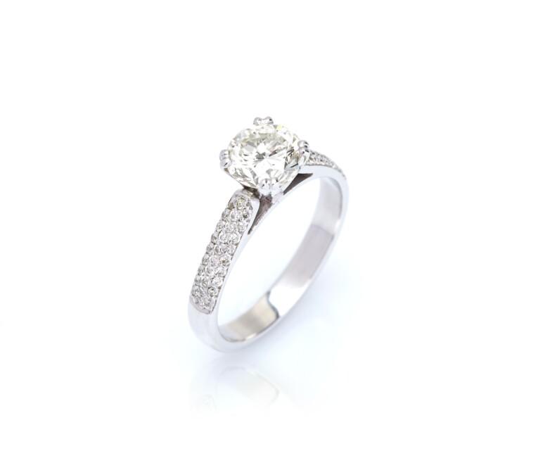 Anel Solitario de Diamante